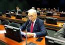 Aprovado relatório de Arolde de Oliveira favorável à desburocratização